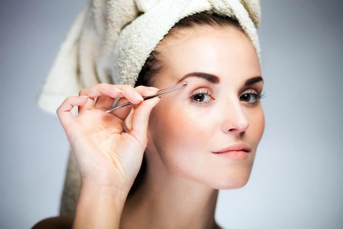 眉毛のセルフ処理