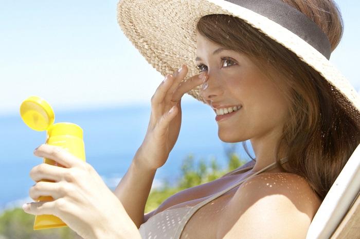 肌荒れでも脱毛できる?顔脱毛の効果やリスクと対処法をご紹介