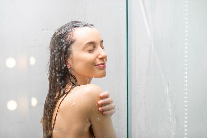 脱毛後はお風呂はNG、ぬるめのシャワーを手短に!